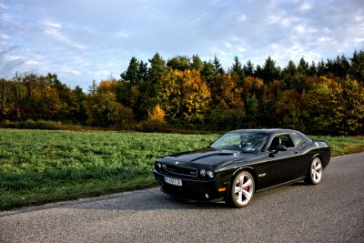 Dodge Challenger SRT8 black