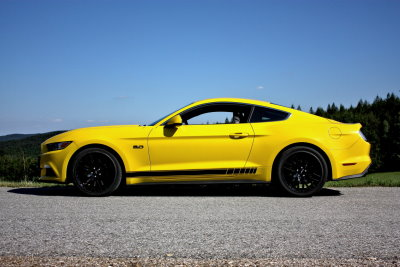 Ford Mustang GT5.0 mit 6-Gang Automatikgetriebe fahren